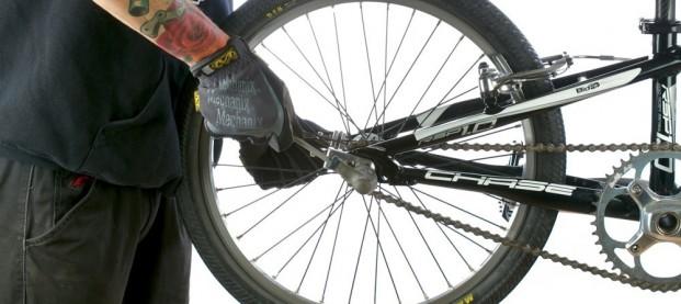 Rimozione della ruota posteriore – BMX