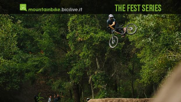 Cruz Fest, come saltare a 70 km/h con una bici da dh